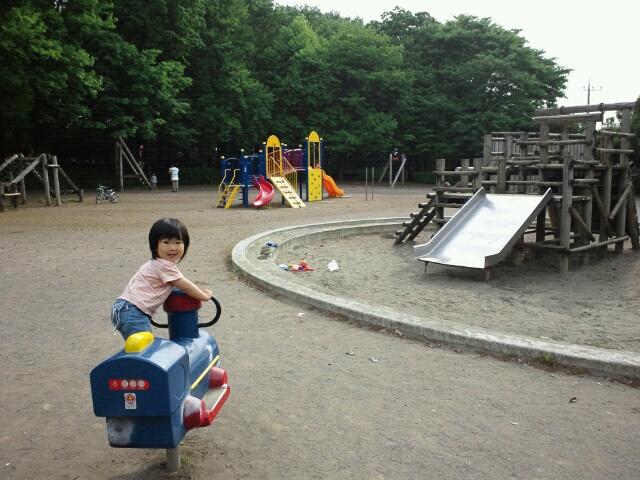 タイヤ交換、東所沢公園